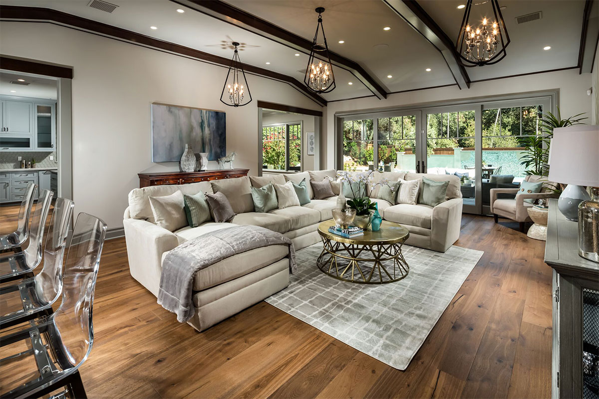 LUXURY HOME STAGING & DESIGN
